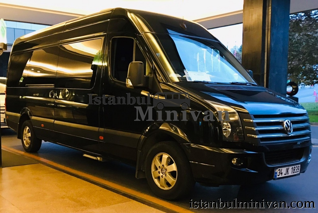 Rent a Vip Wolksvagen Caravelle Minivan in Istanbul